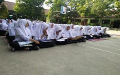Menerapkan Disiplin di Madrasah